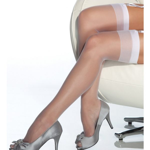 medias clasicas blancas